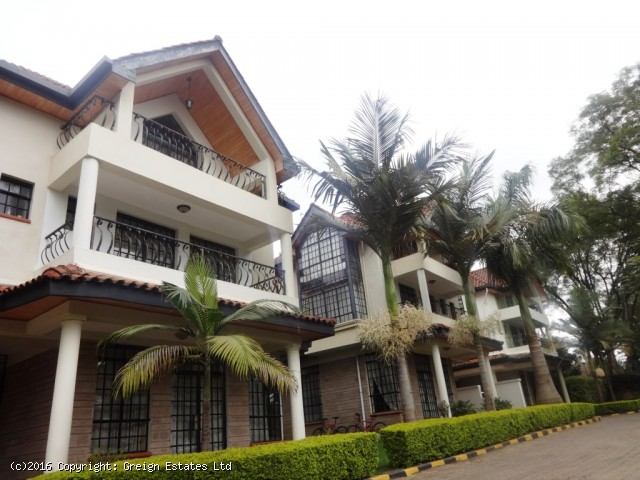 R1010:four bedroom townhouse all en-suite + DSQ in Lavington.