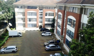 C084:spacious 3 Bedrooms master-ensuite apartment office in a gated office community,Hurlingham